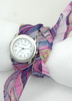 فيرساتشي الجديدة للنساءأشكال ساعات حائط كلاسيكية 2013ساعات اكسسوار جميلة 2013